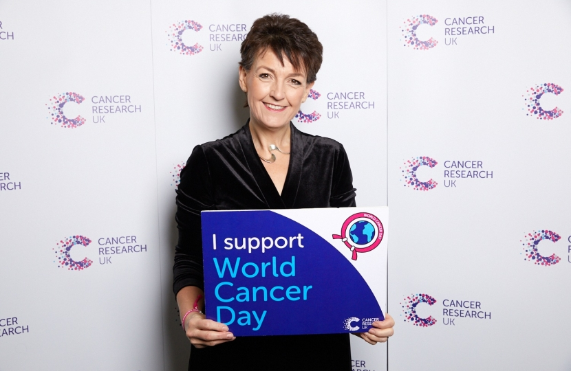Jo Churchill MP shows support for World Cancer Day